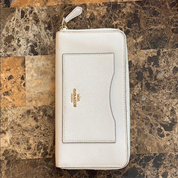 Coach Handbags - Off white coach wallet